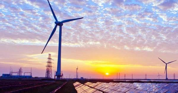Load-sharing data centers could offer an advantage of renewable energy over fossil fuels