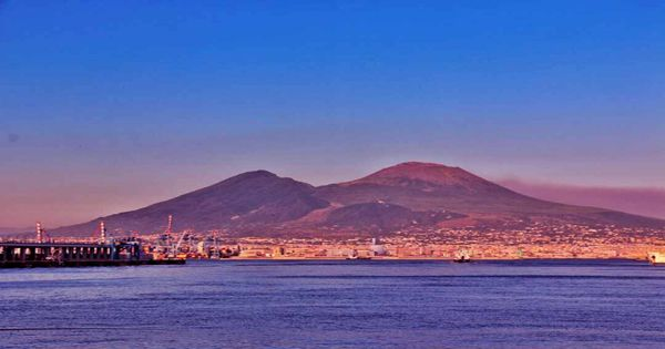 """Lost scrolls drawn by Mount Vesuvius will soon be """"virtually unwrapped"""""""