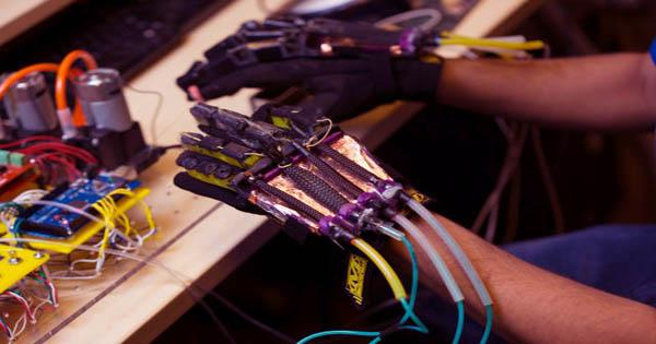 "The 3-D Printed Robot Muscles That Can ""Sweat"""